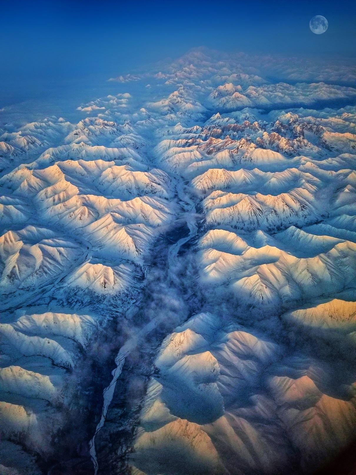 Denali Moonrise.jpg