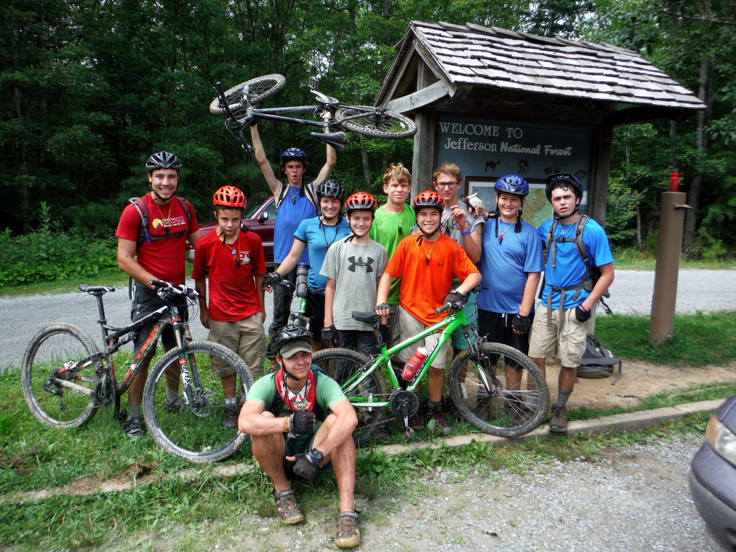 bike crew pandapas.JPG