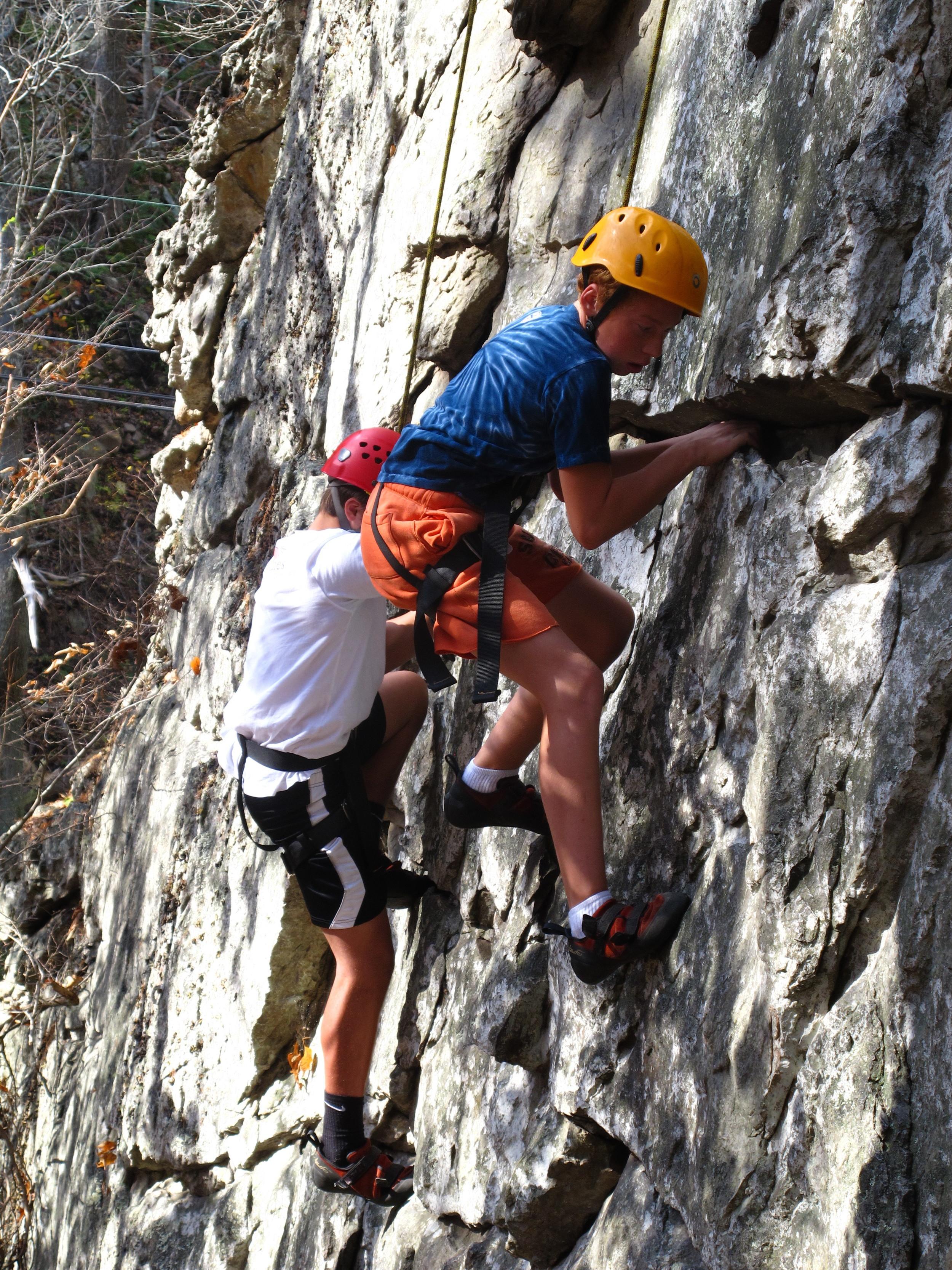 rock climb 3.JPG