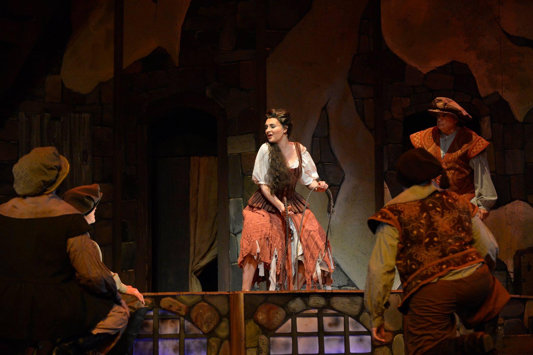 Aldonza in Man of La Mancha, Ralph Duke