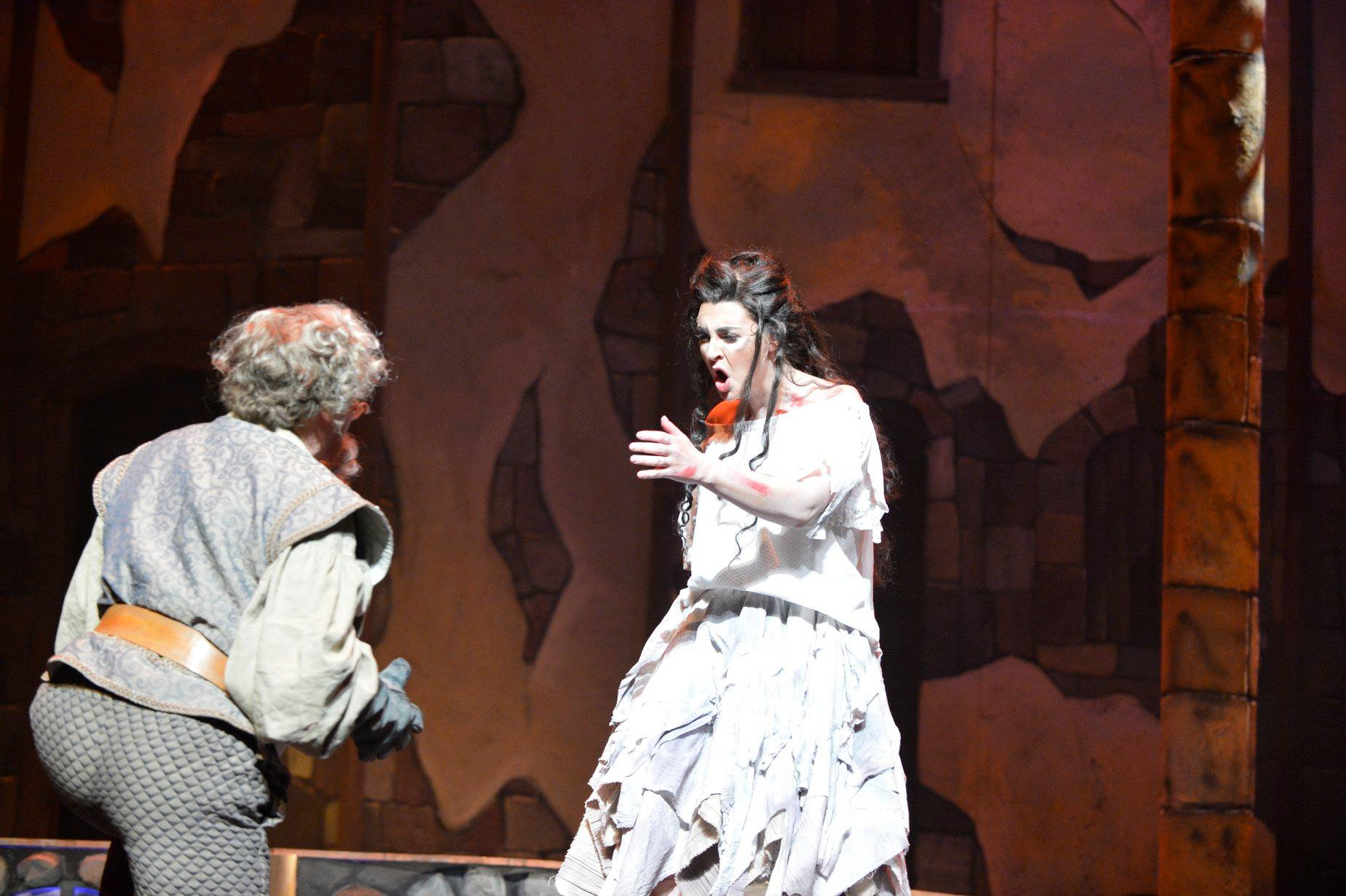 Aldonza in Man of La Mancha (Amarillo Opera) with Ron Raines. Photo by Ralph Duke.