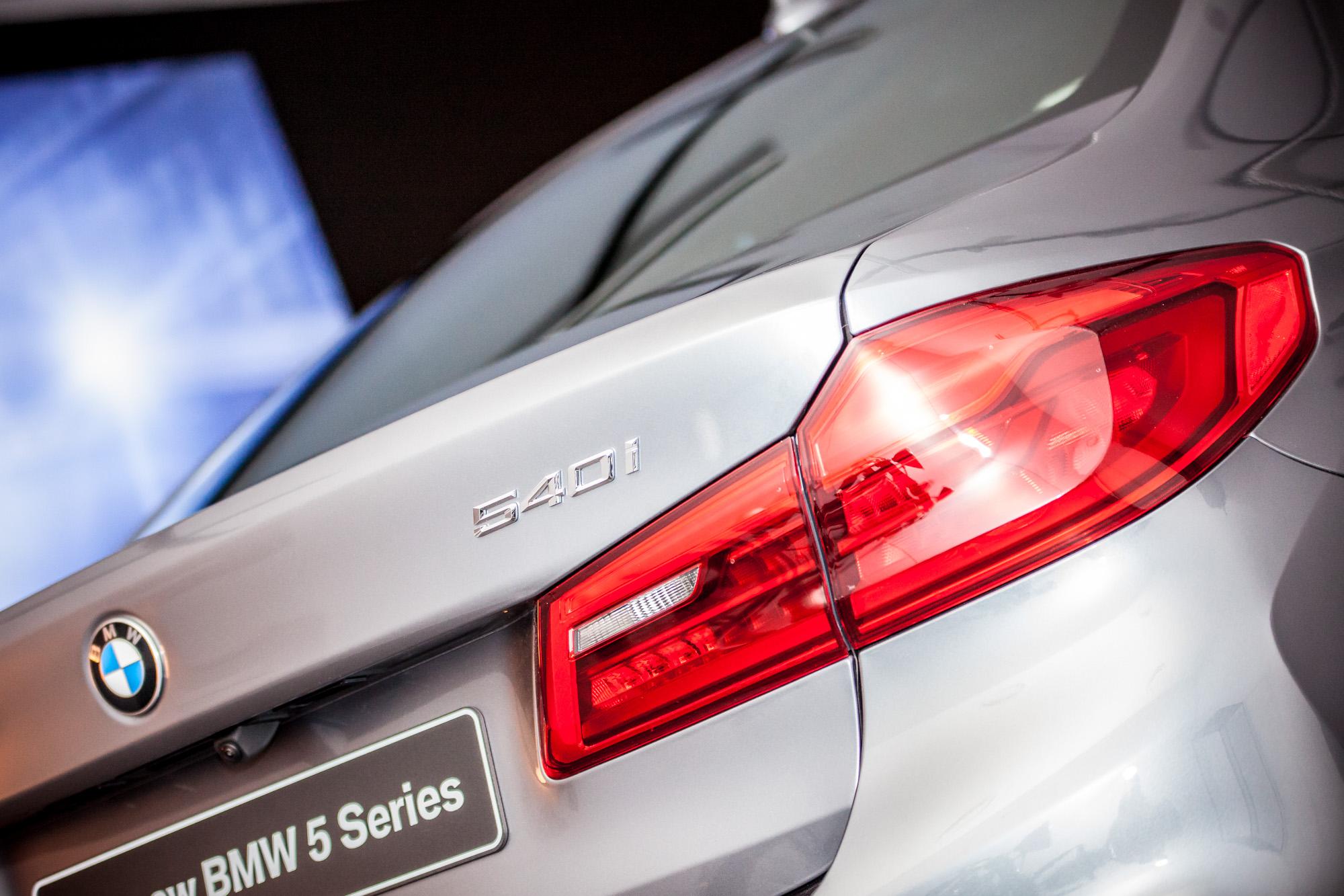 STERCK_lancering BMW 5-93.jpg