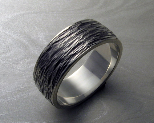 Textured band