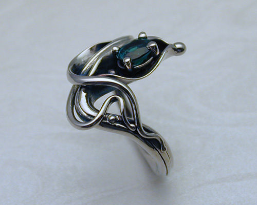 Free-form Calla Lily ring.