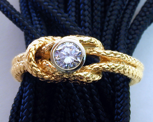 wedding-knot-ring_with_diamond.jpg
