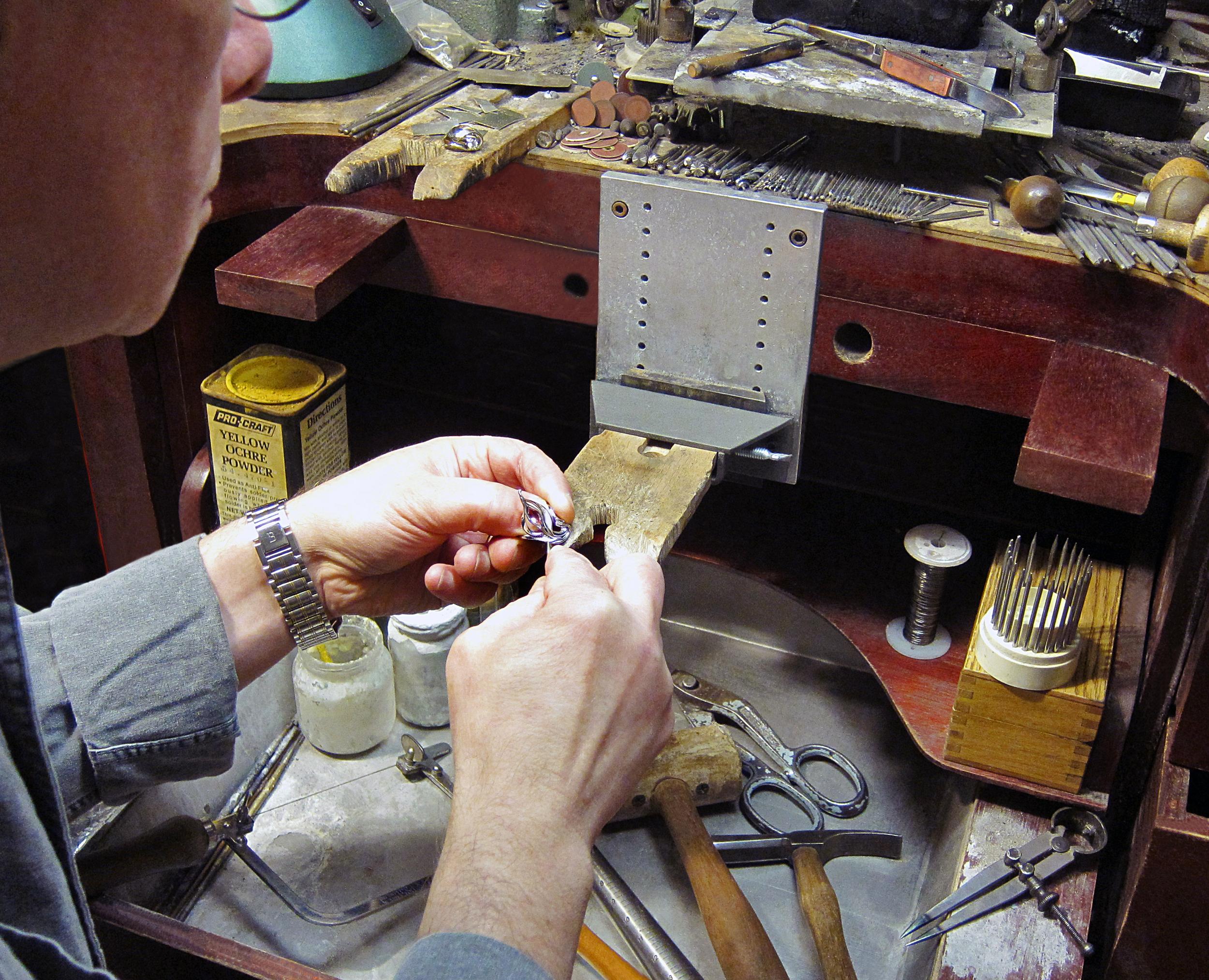 metamorphosis_jewelry_workshop.jpg