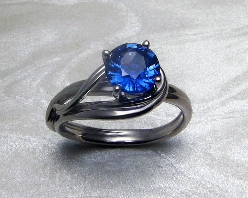wave-like_fluid_engagement_ring_3.jpg