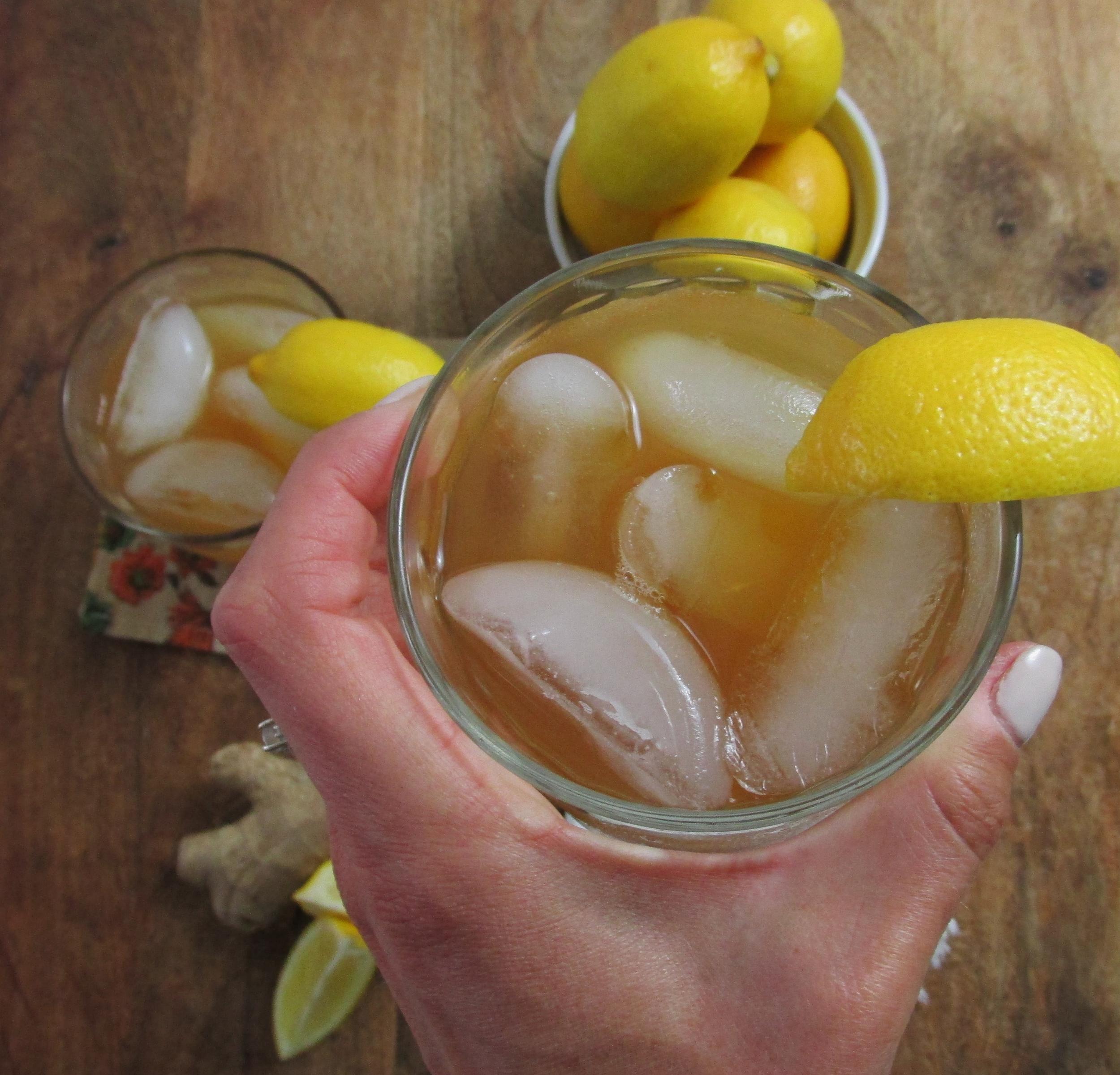 ginger iced tea cocktail.jpg