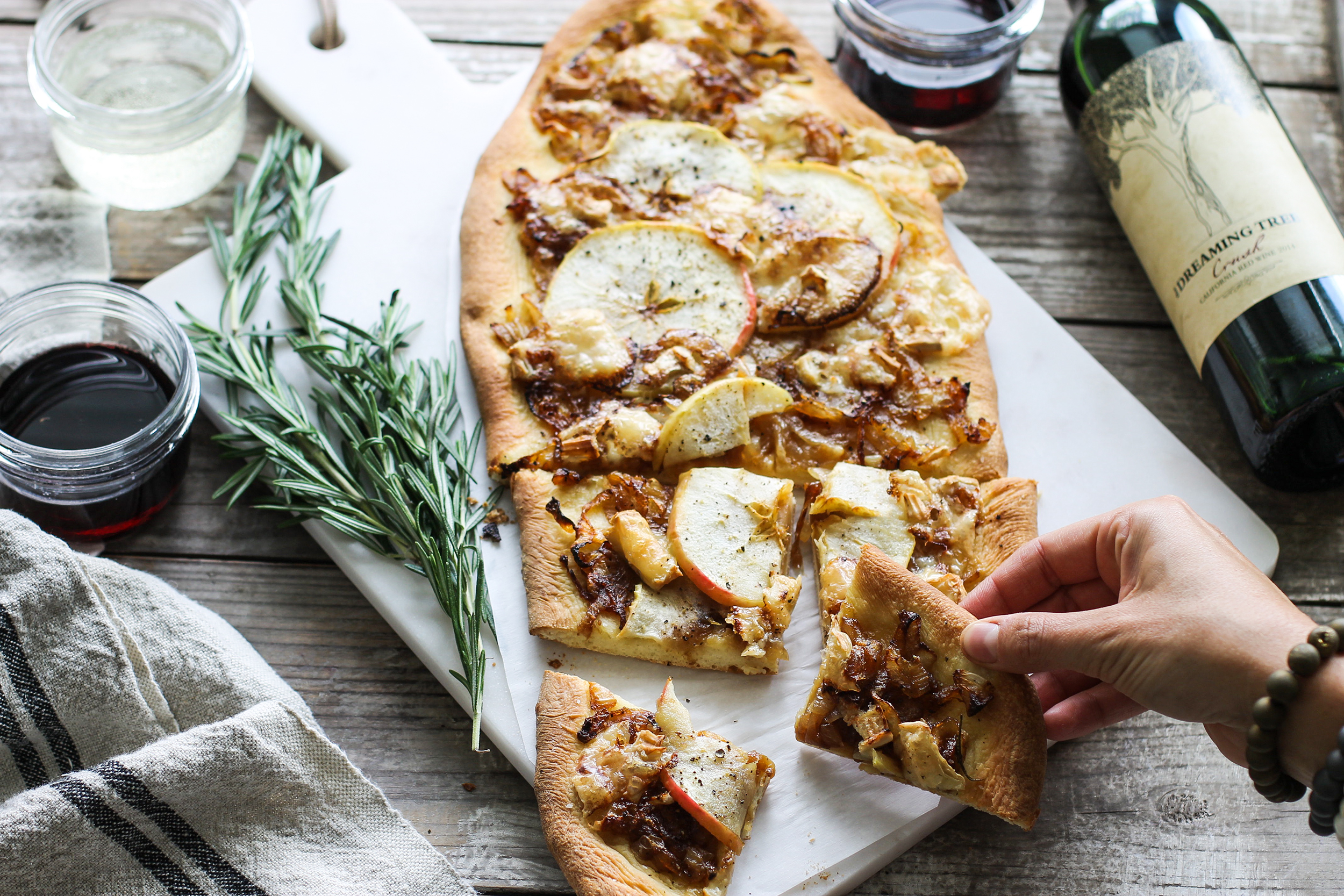 Caramelized Onion, Honeycrisp, and Brie Flatbread: My Diary of Us