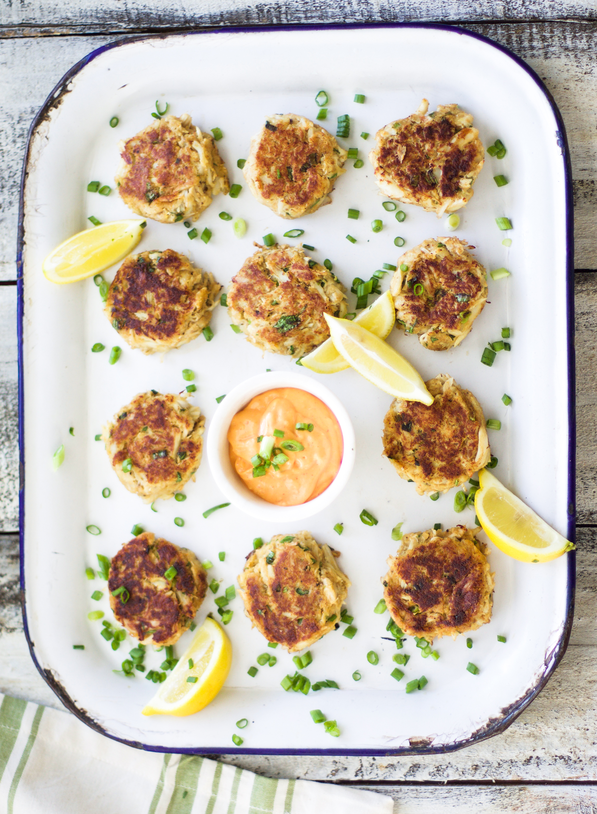 Baked Crab Cakes with Spicy Garlic Dipping Sauce: My Diary of Us