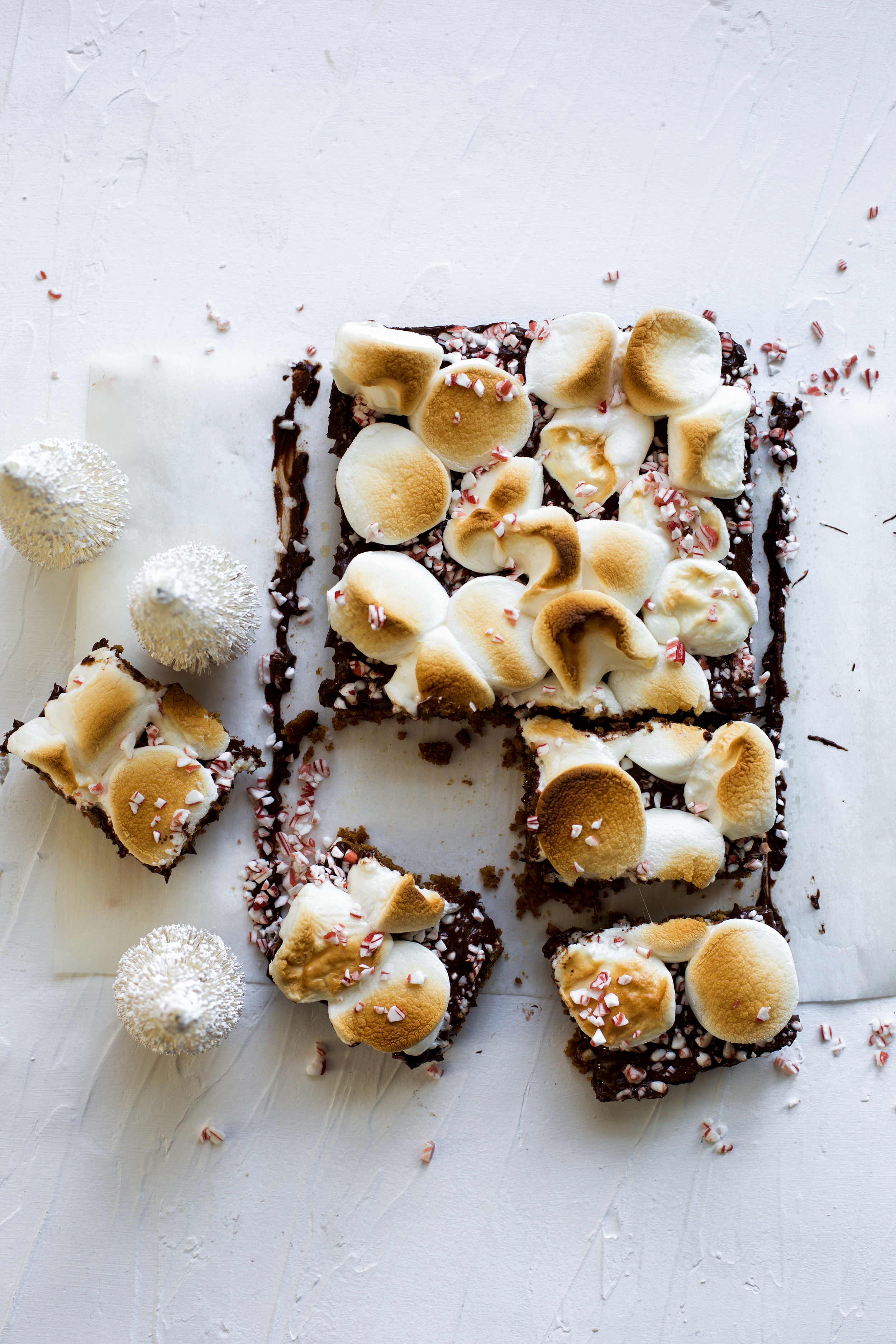 Peppermint Dark Chocolate S'mores Bars: My Diary of Us