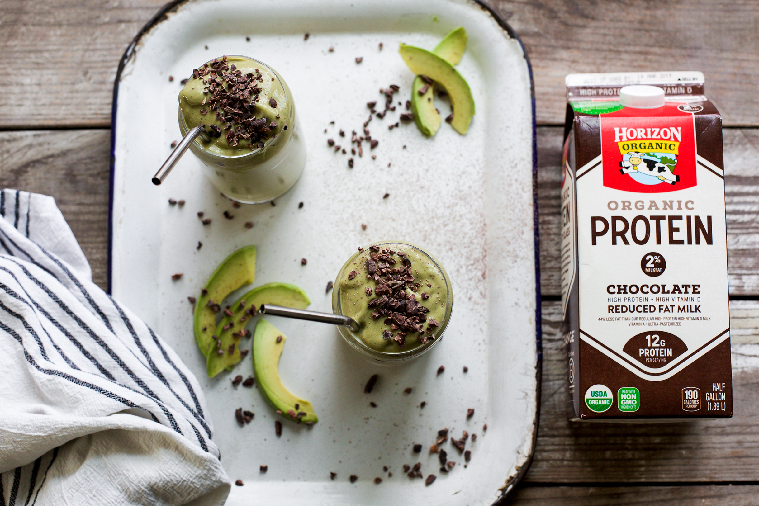 Creamy Avocado Cacao Smoothie