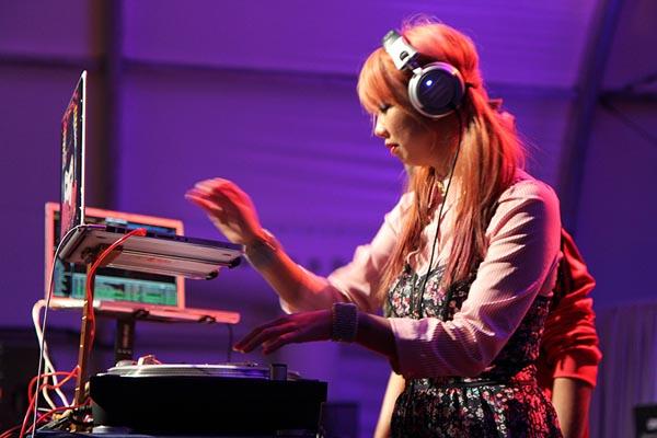 gibson-ces-2013-DJ-Miss-Joy.jpg