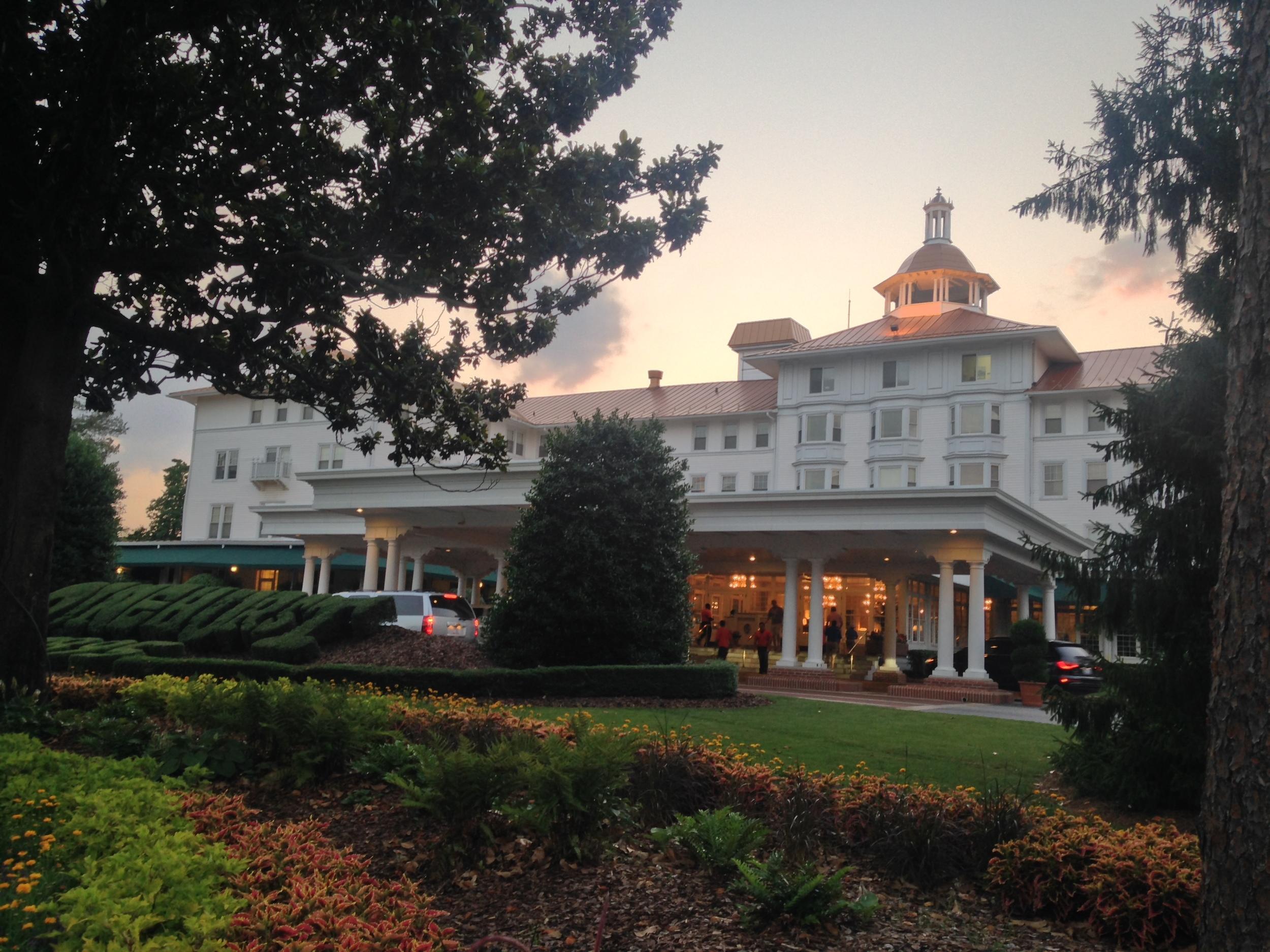 { The Carolina Hotel at dusk }