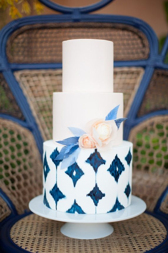 Photography by  Diana McGregor , Coordination and design  To La Lune Events : , Cake, Hey There Cupcake Courtesy of  100 Layer Cake