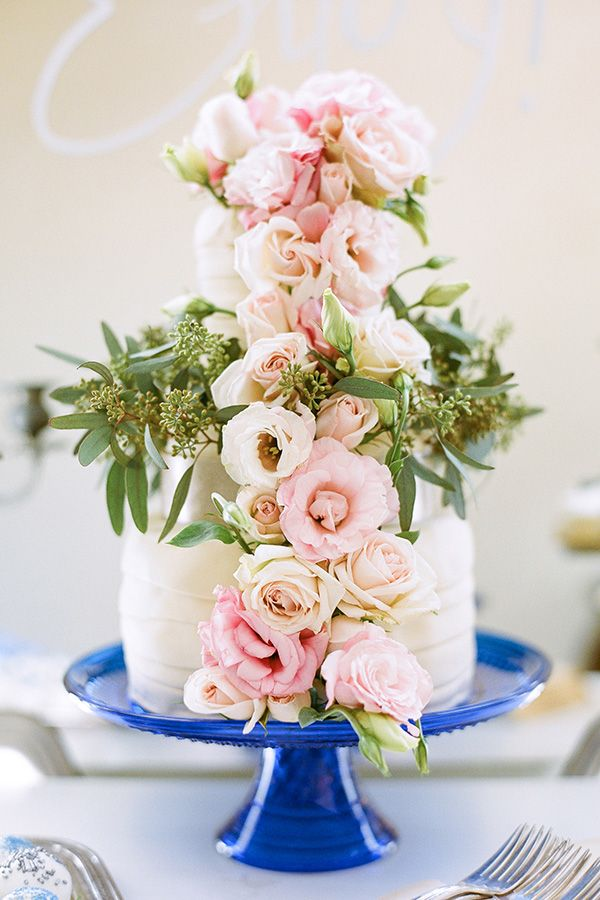 Photography by  Kt Crabb Photography , Wedding Cake by:  A Sweet Event , Flowers by:  Taylormade Floral and Event Decor  Event designer by:  Ashton Events  (She's one of my favorites!)