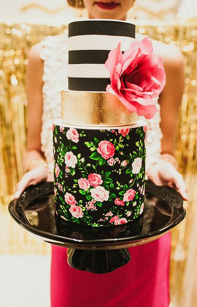 Stunning Cake by the fabulous  Hey There Cupcake