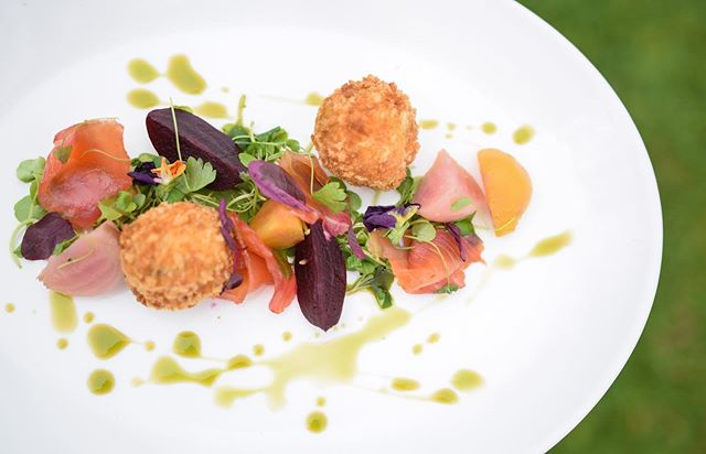 **S U M M E R  M E N U🌿** . Beetroot cured salmon, smoked salmon bon-bons, chive infusion, pickled beets! . . . . . . #newmenu #comeandtry #summeronaplate #artofplating #chefart #cheflife #talented #delicious #beautifulfood #gastropub #summershere #colourfuldish #countrypub #offchurch #eaats #warwickshire #tgif #weekendvibes #sunshine #alfresco #pubgarden #happyfriday