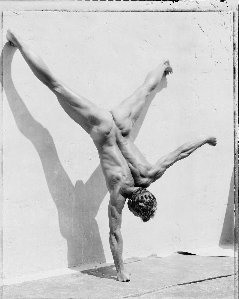 1man-handstand.jpg