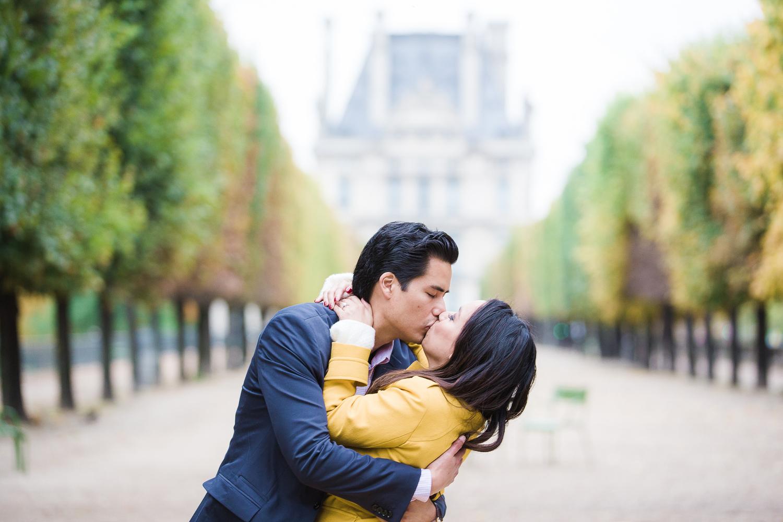 engagement-photographer-paris-18.jpg