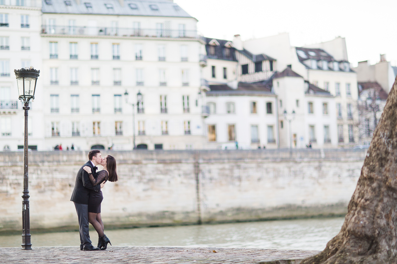 engagement-photographer-paris-21.jpg
