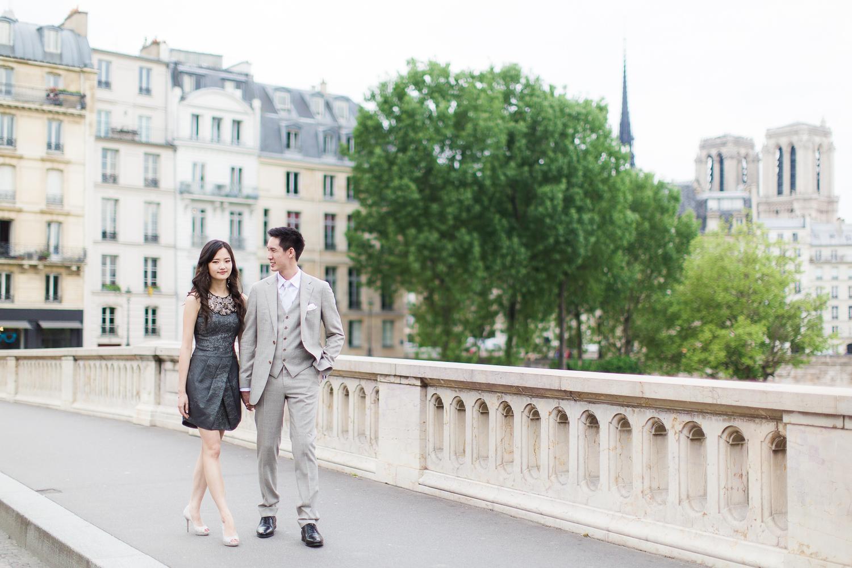english-speaking-engagement-photographer-paris-02-2.jpg