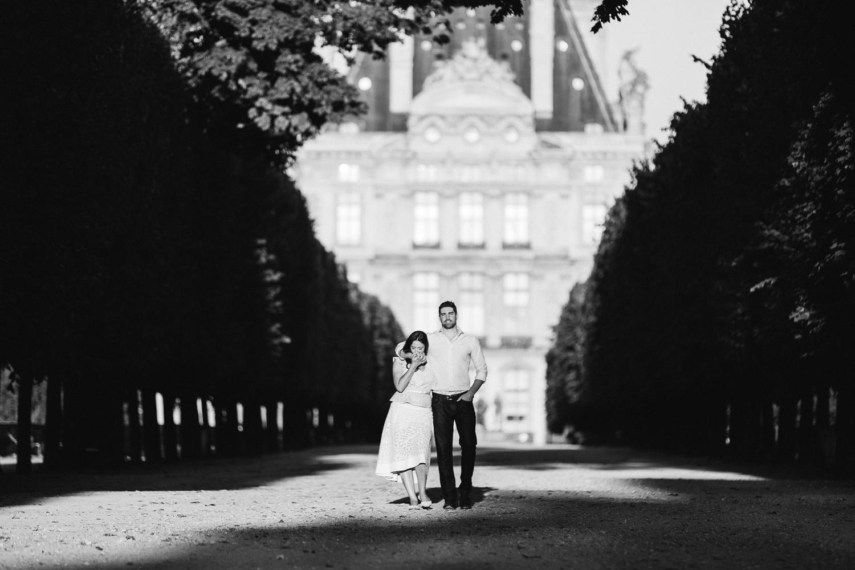 english-speaking-engagement-photographer-paris-03.jpg