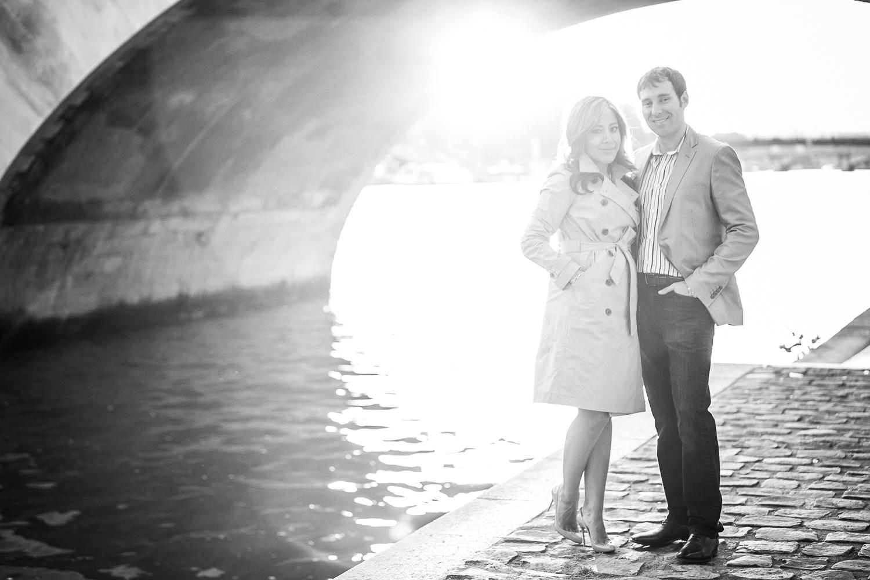 english-speaking-engagement-photographer-paris-07-2.jpg