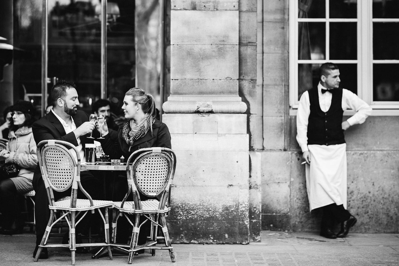 english-speaking-engagement-photographer-paris-18-2.jpg