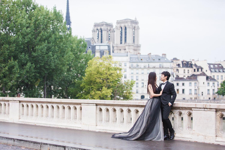 english-speaking-engagement-photographer-paris-20-2.jpg