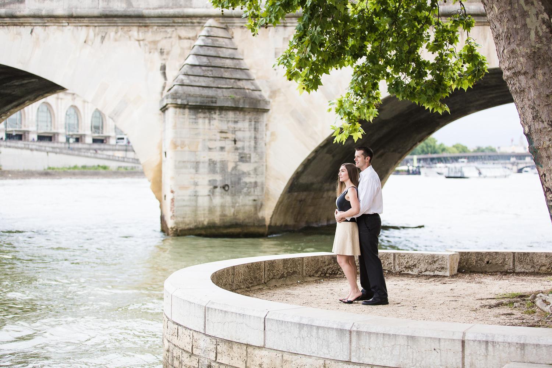 english-speaking-engagement-photographer-paris-20.jpg