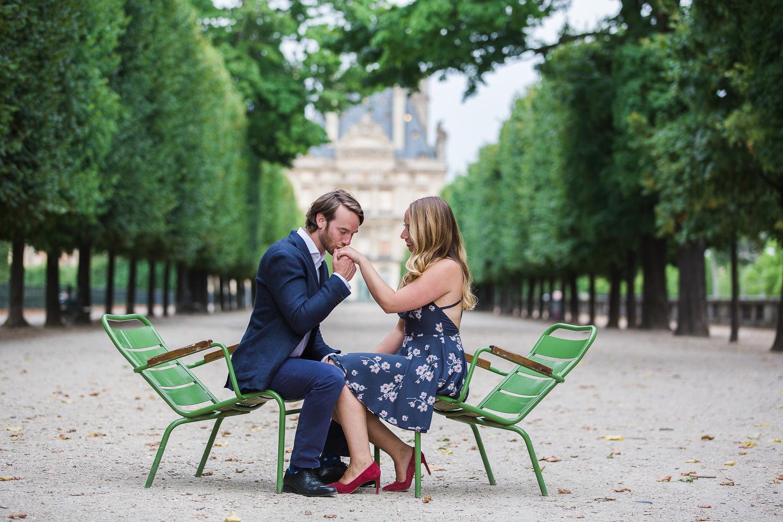 english-speaking-engagement-photographer-paris-28.jpg