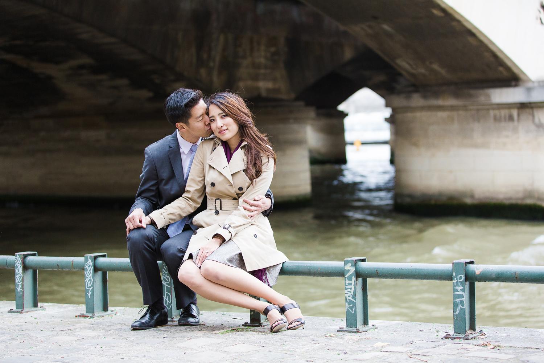 english-speaking-engagement-photographer-paris-33.jpg