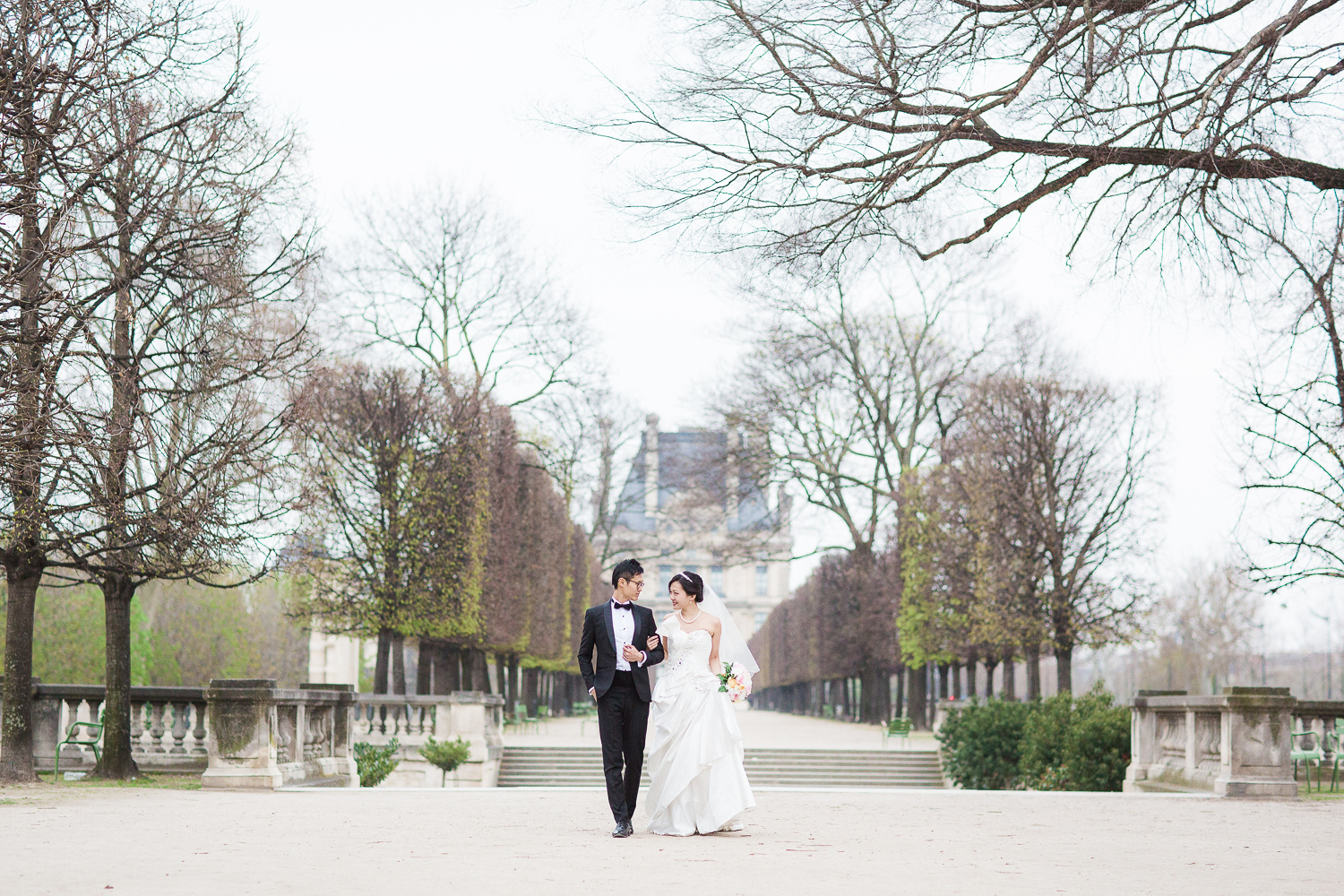 english-speaking-wedding-photographer-paris-30.jpg