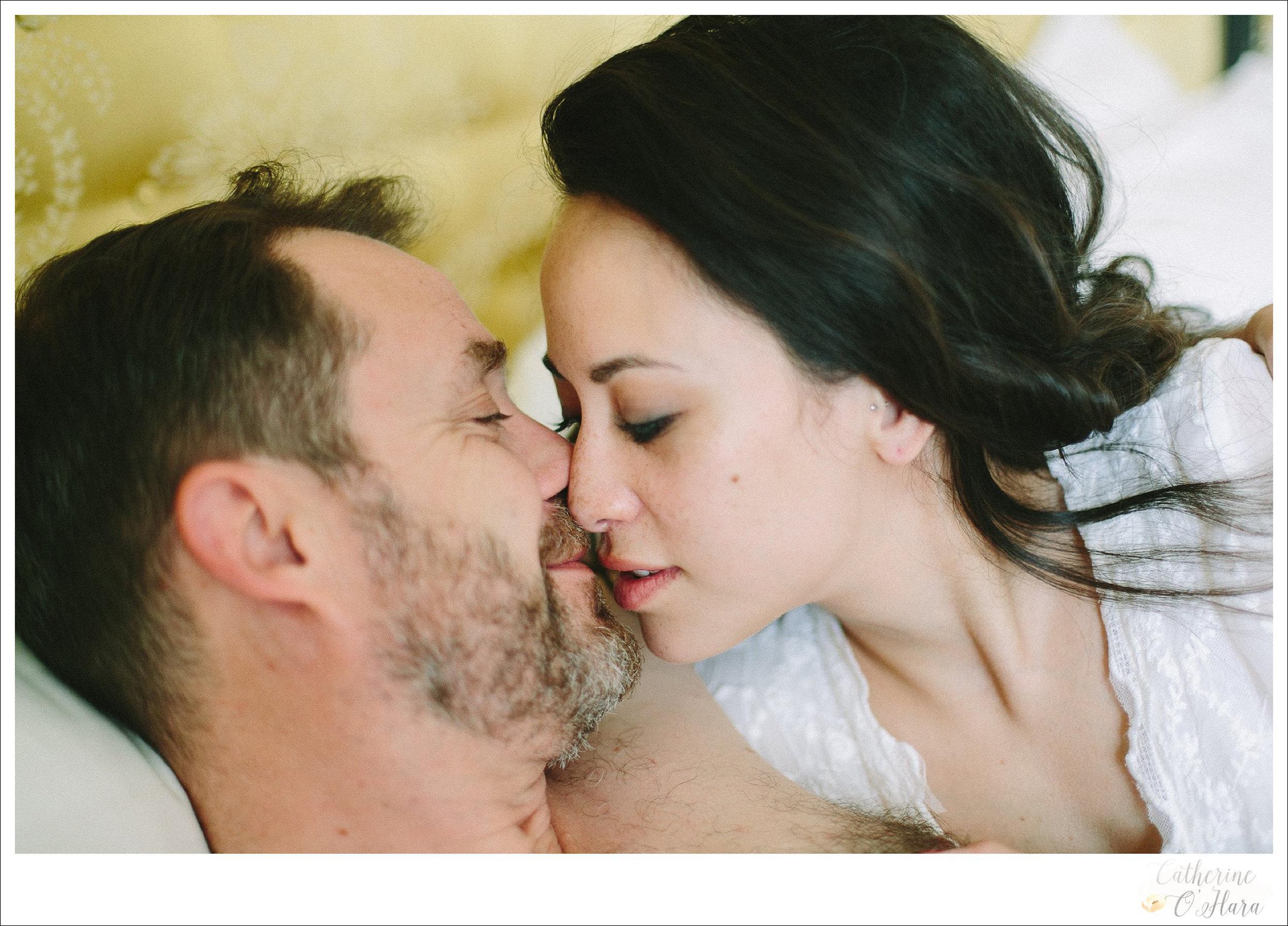 02-paris-couples-boudoir-shoot.jpg