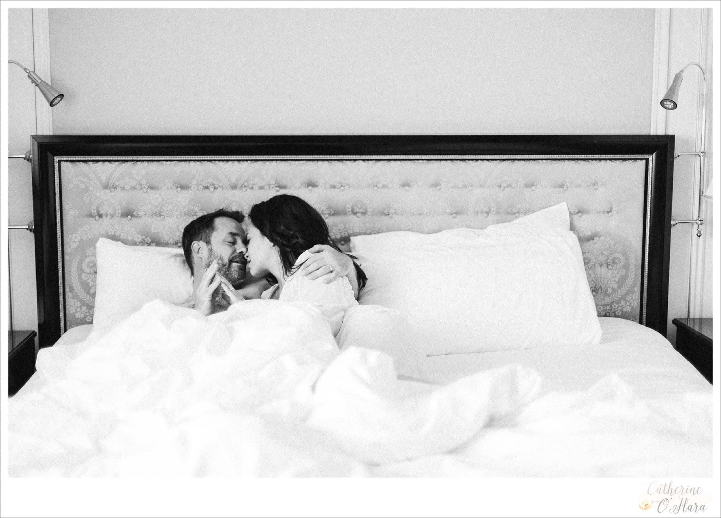 04-paris-couples-boudoir-shoot.jpg