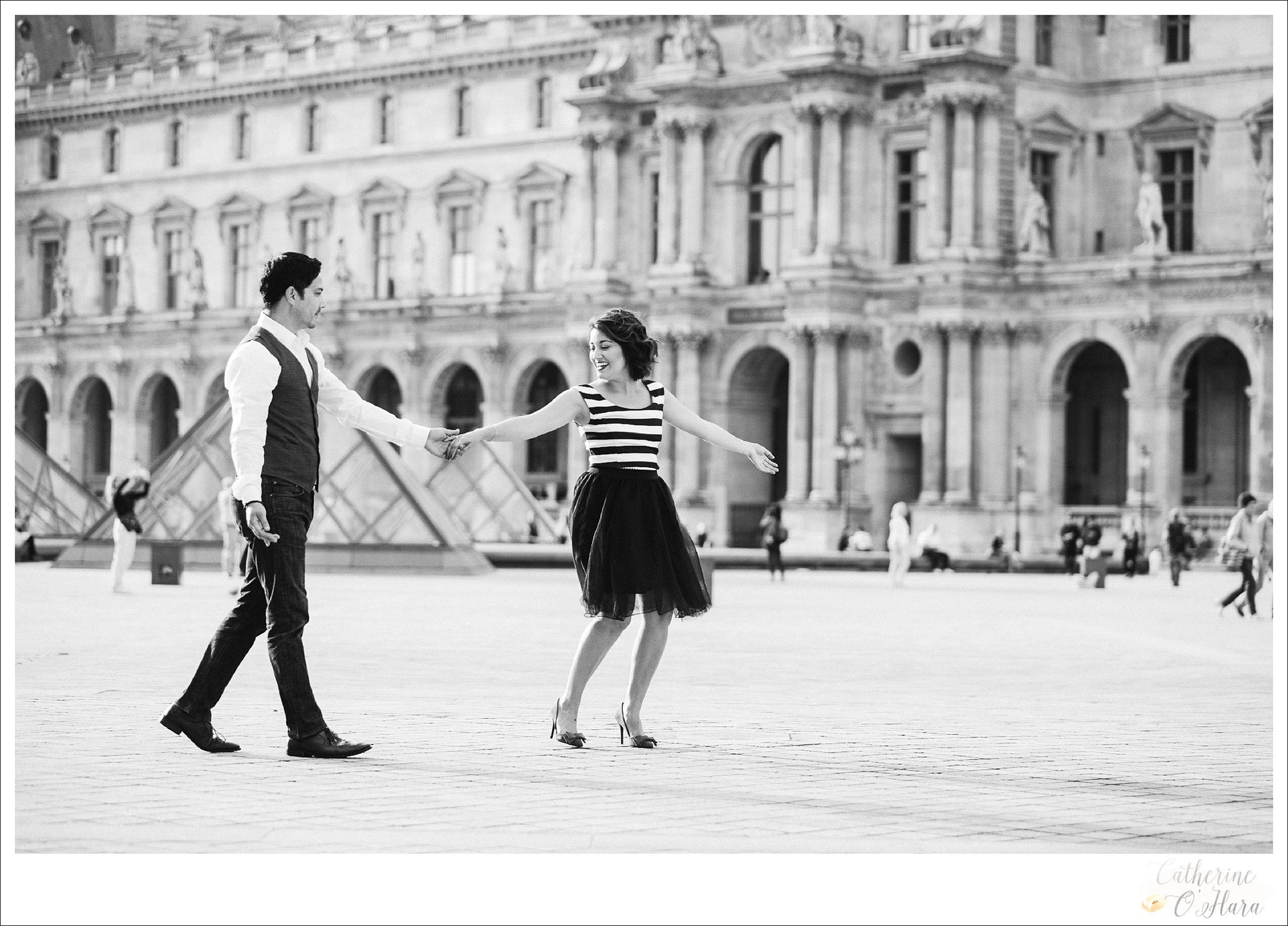 06-paris-engagement-photographer-france.jpg
