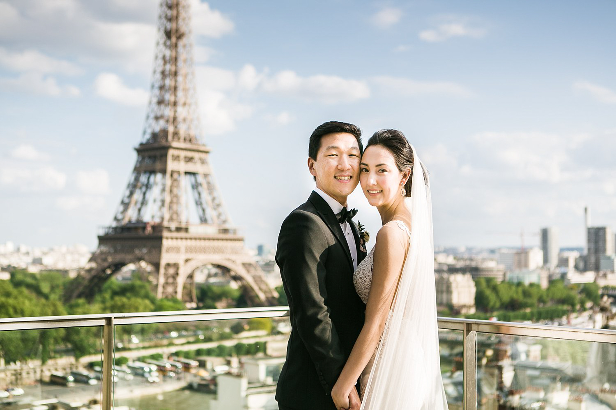english-speaking-wedding-elopement-photographer-paris-france-306.jpg