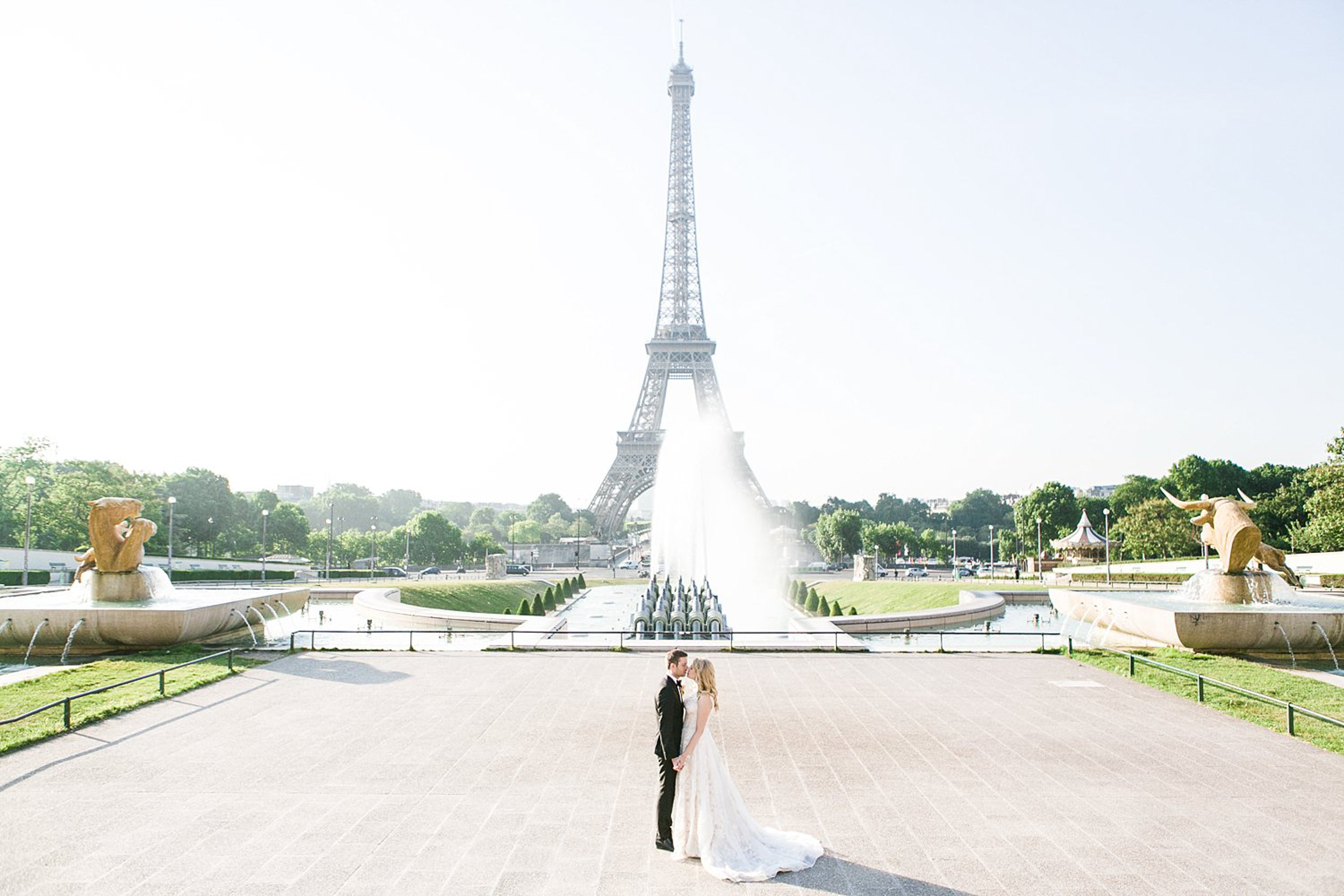 english-speaking-wedding-elopement-photographer-paris-france-362.jpg
