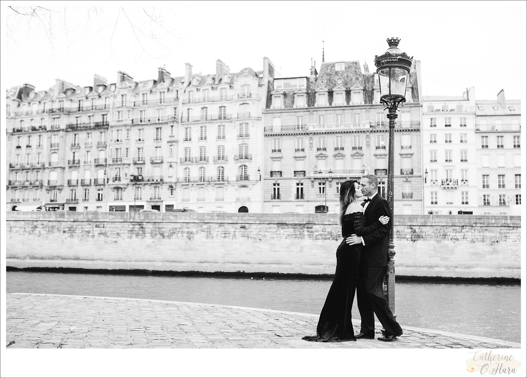 engagement photographer paris france-05.jpg