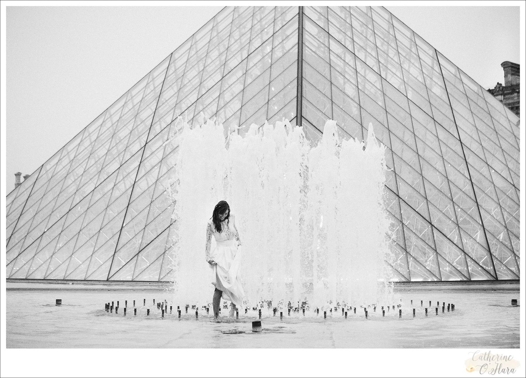 romantic paris elopement photographer-33.jpg