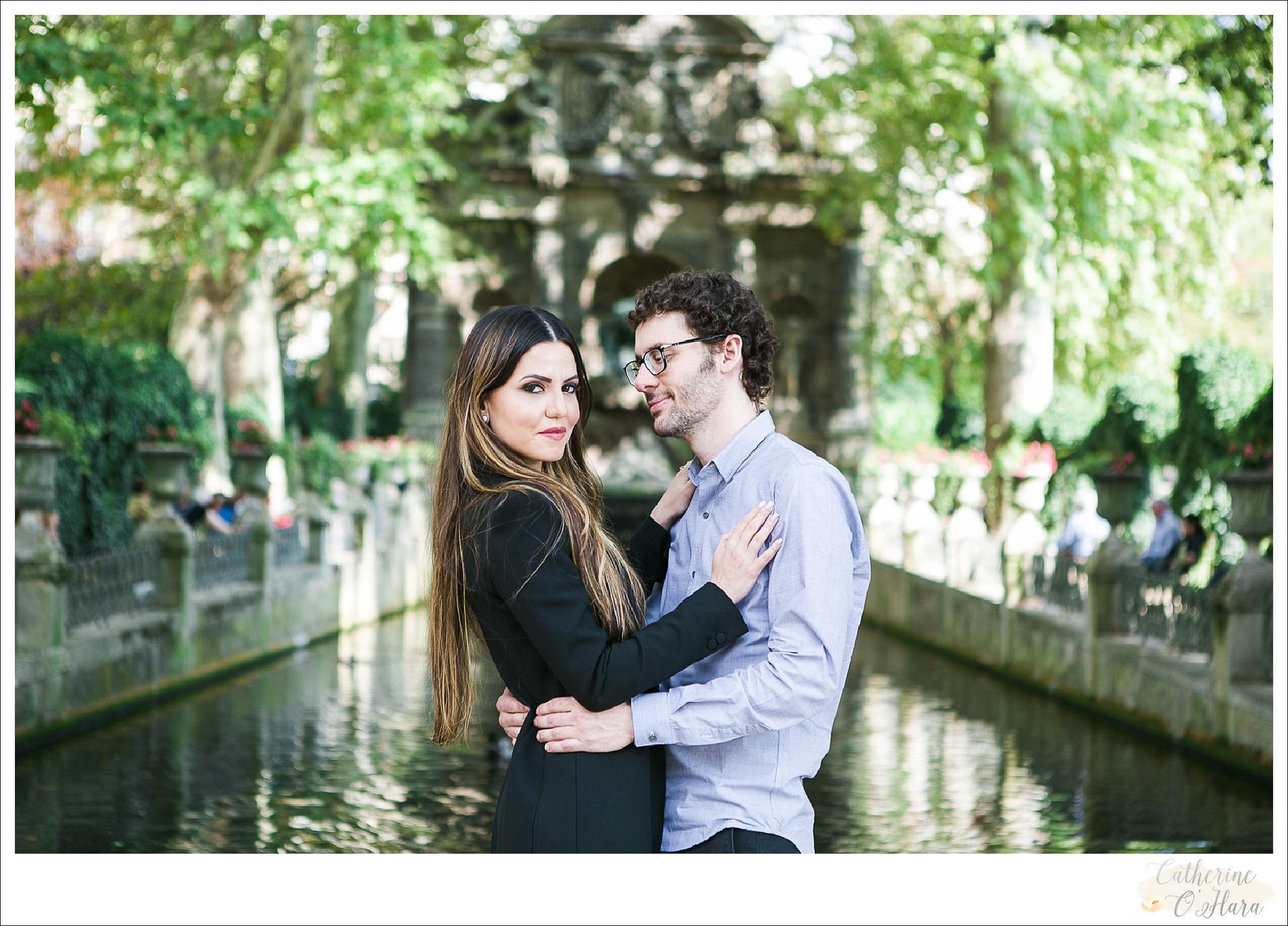 surprise proposal engagement photographer paris france-45.jpg