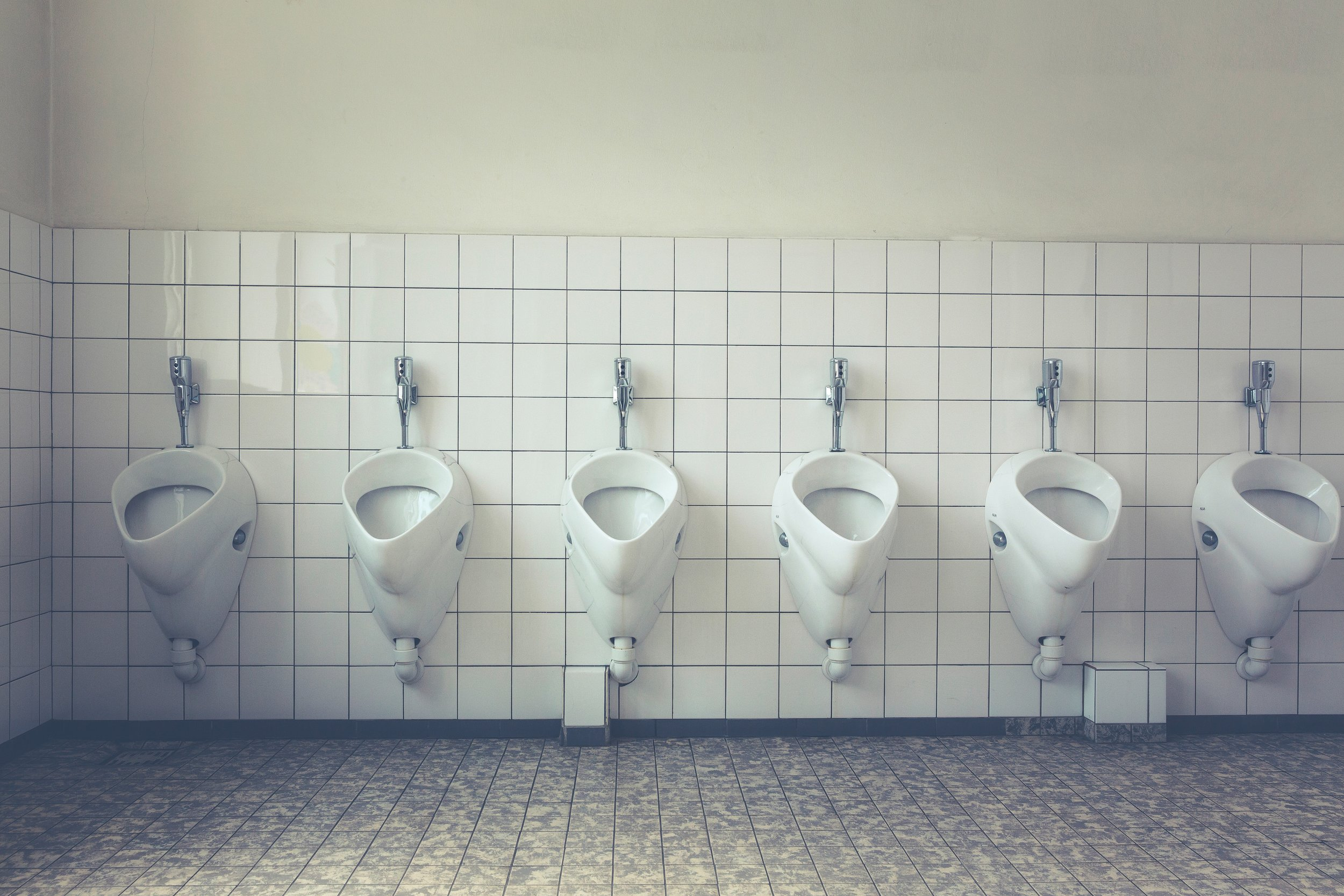 bathroom-ceramic-floor-127726.jpg