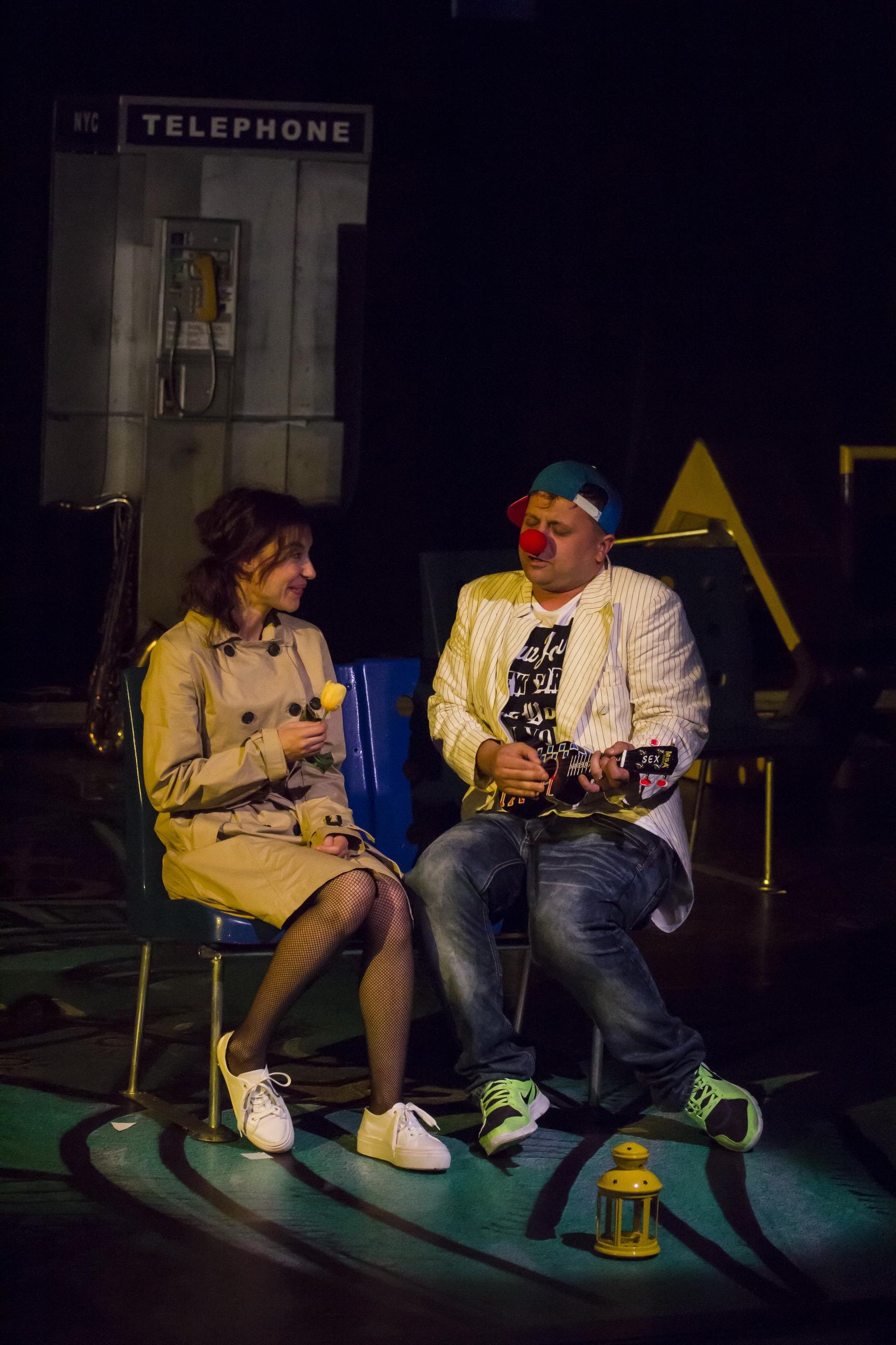 Aliens. Alexandru Mihail. Director