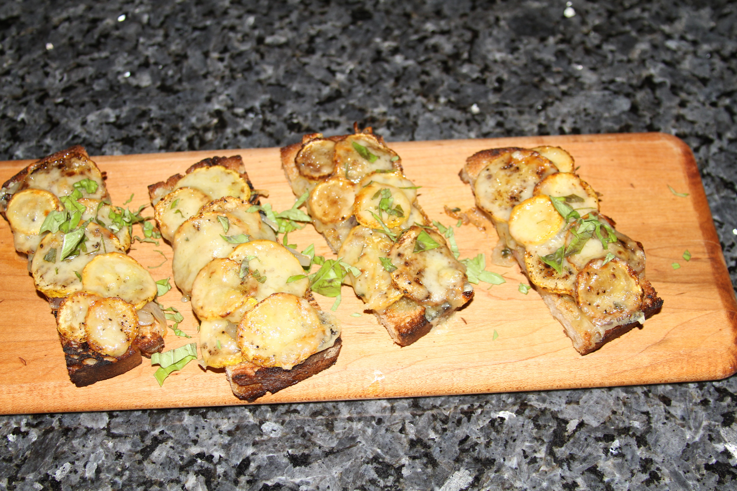 bruschetta with summer squash and fontina