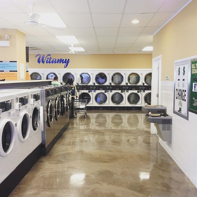 Always clean and always friendly. Four Northside locations to serve you. Visit our website www.thefriendlywash.com for the store nearest you. Need a laundry pick up?  Download the Laundry Gopher app or go to www.laundrygopher.com to schedule a service. #friendlywash #laundrygopher #belmontcraginchicago #logansquarechicago #portageparkchicago #irvingparkchicago