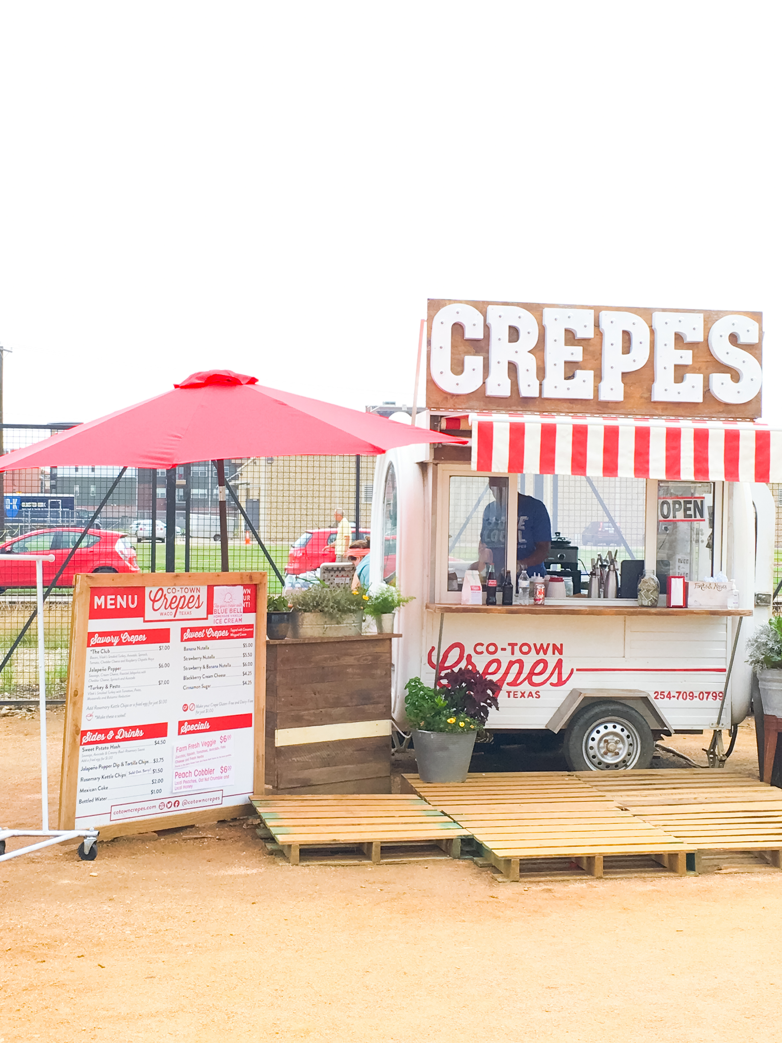 Magnolia Market - Food Carts - Fixer Upper on HGTV - Brightly & Co