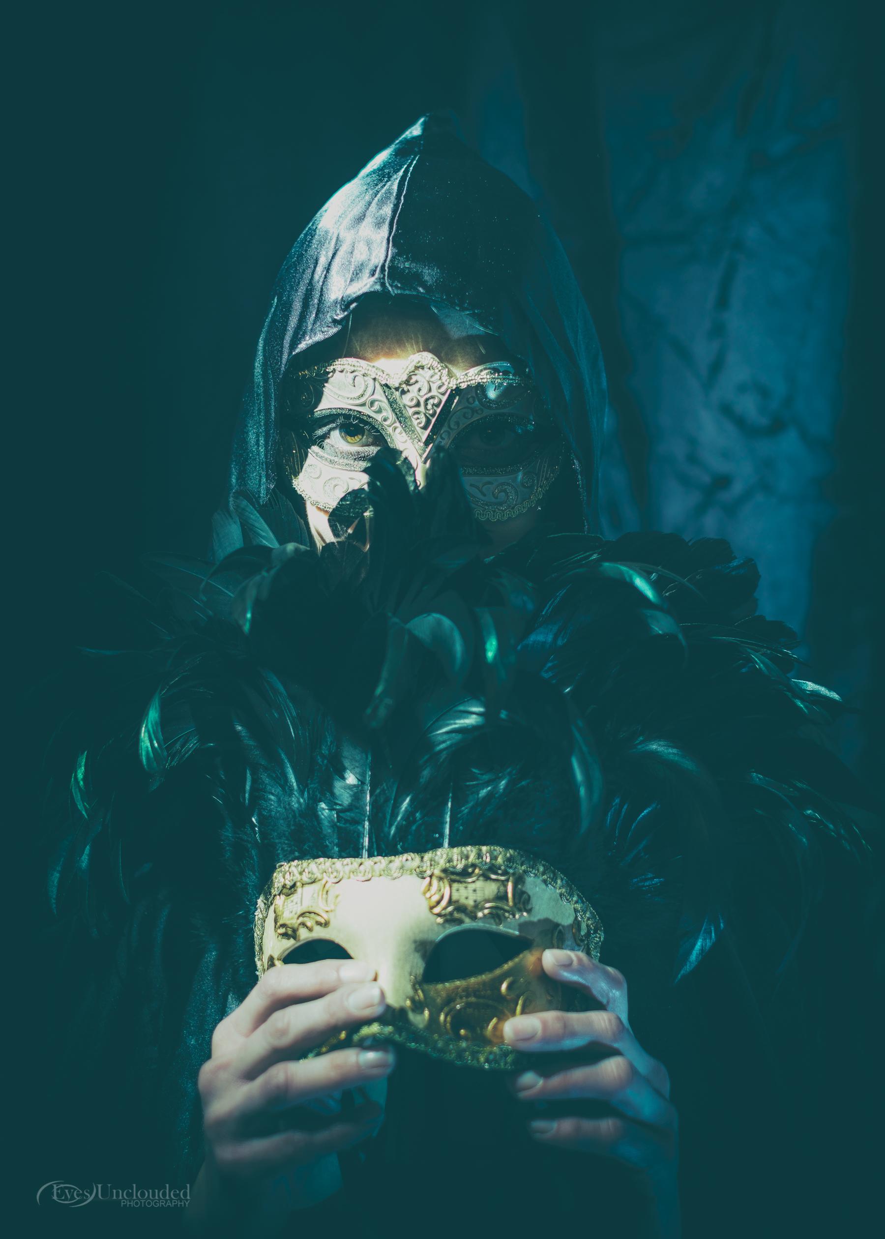 Anna Masked-9.jpg