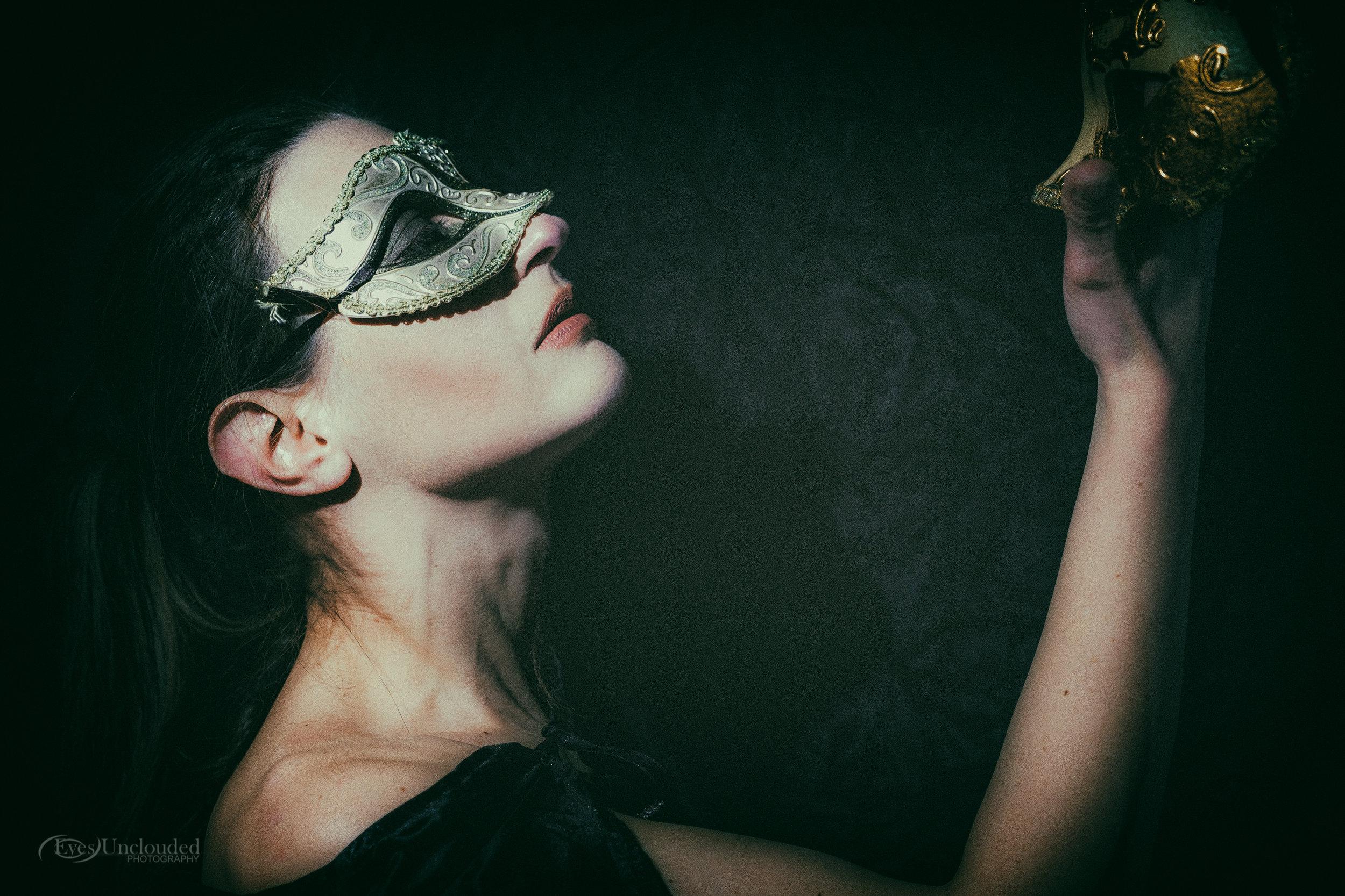 Anna Masked-14.jpg