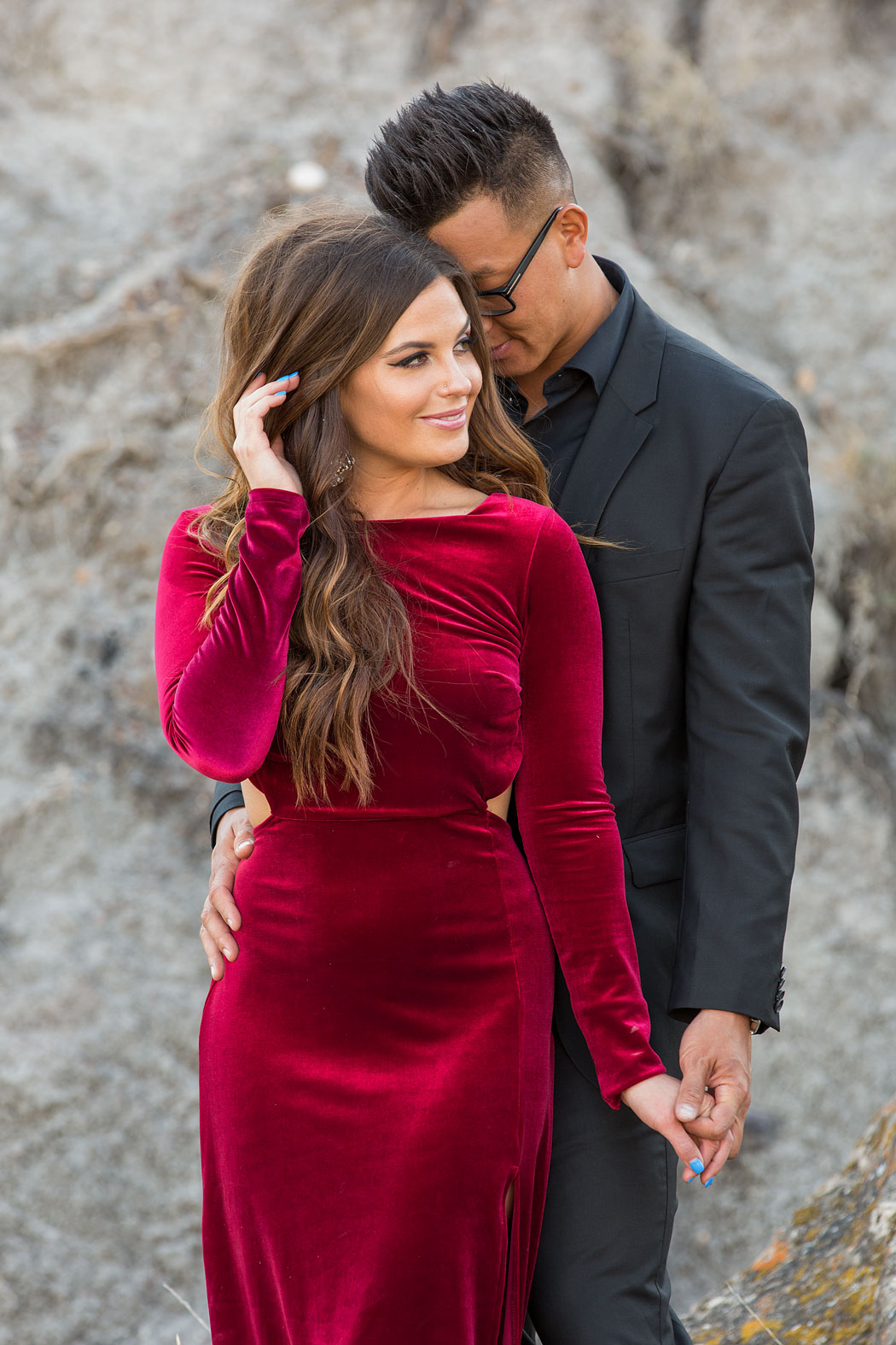 Couples_Red_Dress_Love_Drumheller